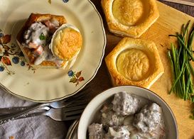 Johnsonville Vol au Vent with Sausage in Mushroom Cream Sauce