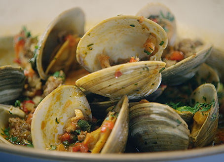 Steamed Clam and Mild Italian Sausage with Tomato Broth