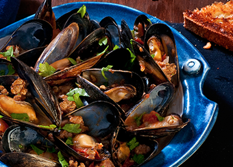 Spicy Mussels with Italian Sausage